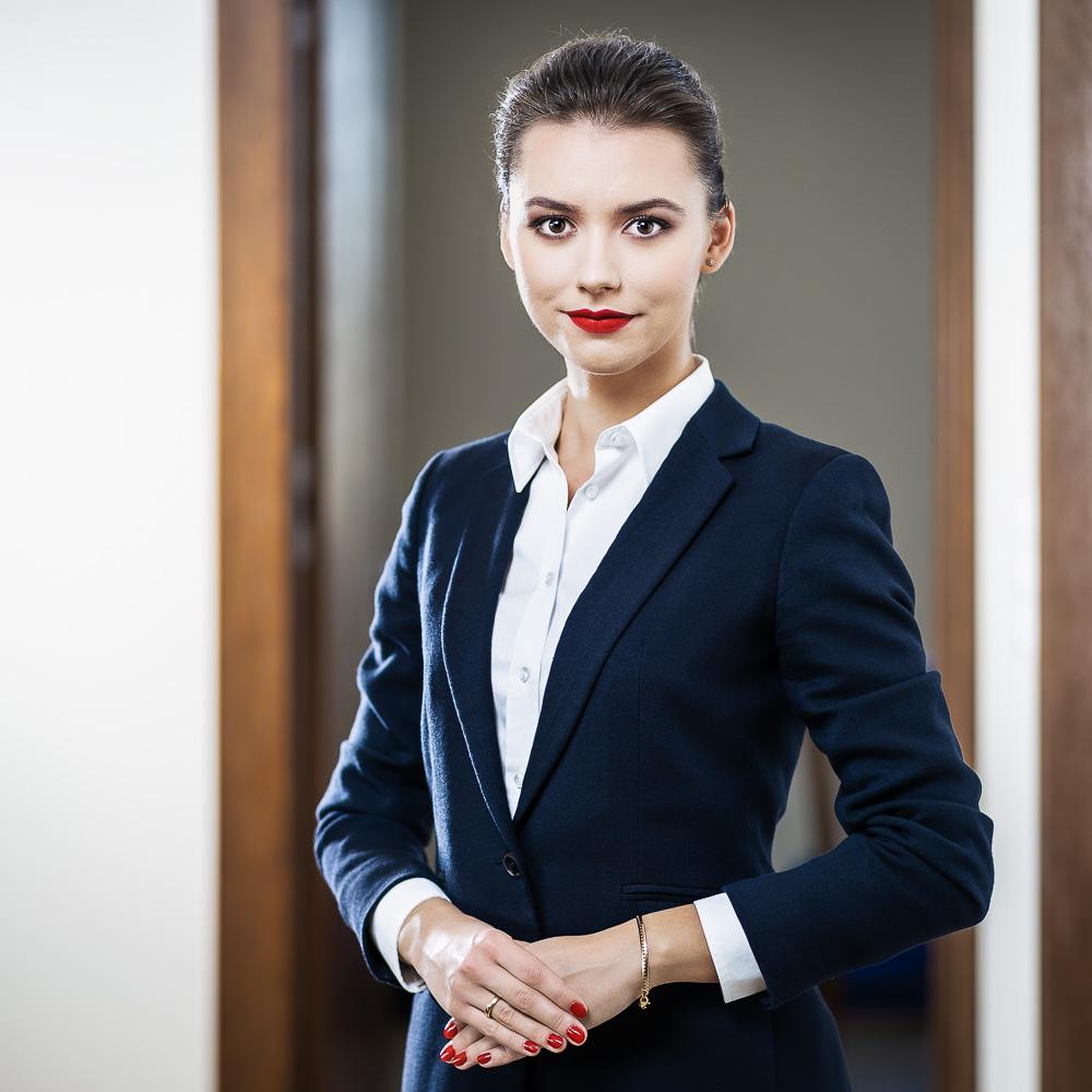 EWELINA NOWAKOWSKA